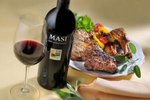 Wine review, Soldepeñas Blanco Airen, Spain, Molina Sauvignon Blanc Reserva, Chile, Masi Modello Delle Venezie Rosso, Italy, Valpolicella