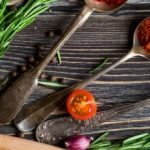 8 Must Have Herbs & Spices for every Kitchen