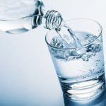 Replacing diet beverages with water may help diabetic patients lose weight