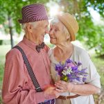 How couples can evolve together and improve compatibility
